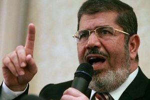 Cựu tổng thống Ai Cập đột tử tại tòa án