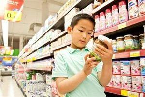 Thực phẩm chức năng cho trẻ em: Cứ mác ngoại là thích