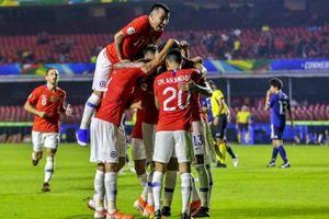 Dứt điểm hiệu quả, Chile thắng đậm Nhật Bản 4-0