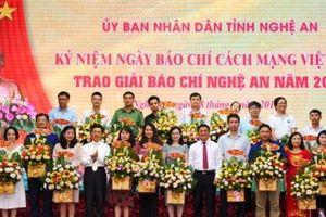 Trao giải Báo chí tỉnh Nghệ An lần thứ XIV