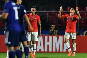 Nhật Bản 0-4 Chile: Sanchez lập công, Chile đại thắng ngày ra quân