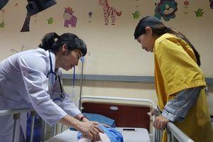 Các bệnh viện tại Hà Nội không được thu tiền thăm nuôi người bệnh
