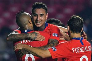 Copa America: Chile phô trương sức mạnh trước Nhật Bản