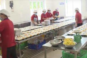Kiểm soát chặt chẽ nguồn cung thực phẩm vào bếp ăn trường học
