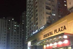 Cư dân Oriental Plaza tố CĐT hô biến khu công cộng thành điểm kinh doanh