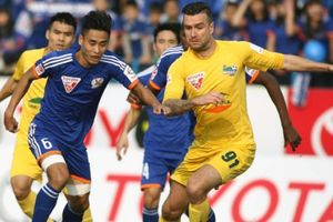 Trung vệ gốc Hà Lan tiết lộ những chuyện 'khó đỡ' ở bóng đá Việt Nam