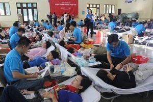 Hành trình Đỏ 2019 đã tiếp nhận được gần 10.000 đơn vị máu