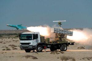 Các loại tên lửa chống hạm Iran đủ sức khiến Mỹ khóc thét