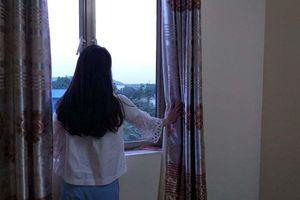 Sau sinh, cô giáo tiểu học có biểu hiện đáng sợ khiến gia đình tá hỏa