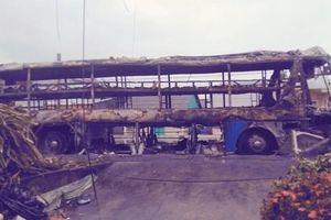 Sóc Trăng: Giám định mẫu dầu trong xe khách cháy rụi