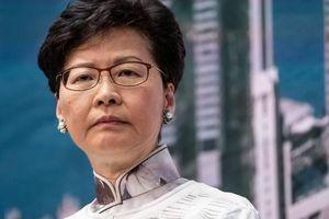 Không khí căng thẳng trong phiên họp của Hội đồng Lập pháp Hồng Kông