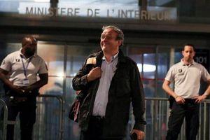 Ông Platini bất ngờ được thả sau chưa đầy 1 ngày bị tạm giữ