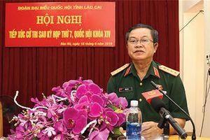 Phó Chủ tịch Quốc hội Đỗ Bá tỵ tiếp xúc cử tri tại lào cai.