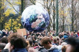 Dân số Trái đất đạt 9,7 tỷ người vào năm 2050