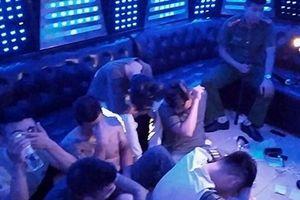 Hưng Yên: Phát hiện 93 nam nữ bay lắc trong quán Karaoke Phantom