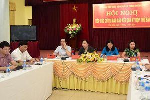 Đồng chí Nguyễn Thị Bích Ngọc tiếp xúc cử tri quận Cầu Giấy