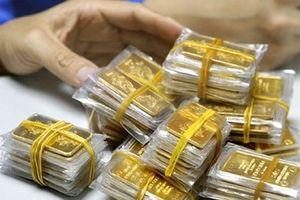 Sốc: Giá vàng 'dựng đứng', có nơi tăng gần 1 triệu đồng/lượng