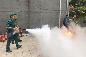 Hơn 200 học viên được trang bị kỹ năng về phòng cháy, chữa cháy