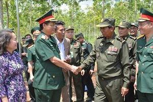 Đoàn đại biểu Bộ Quốc phòng Vương quốc Campuchia thăm và làm việc tại Bình Phước