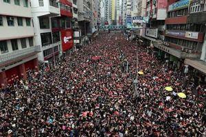 Kinh tế Hong Kong trong cơn sóng biểu tình