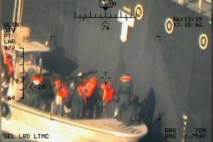 CLIP: Mỹ công bố thêm bằng chứng tố Iran tấn công tàu dầu