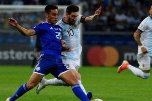 Copa America: Messi ghi bàn, Argentina vẫn đứng trước nguy cơ bị loại sớm