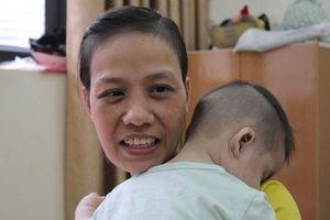 Chuyện về người mẹ ung thư đánh đổi mạng sống để sinh con