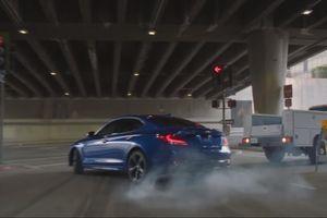 Tanner Foust và Genesis tái hiện cảnh quay trong phim 'Baby Driver'
