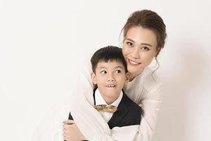 Đàm Thu Trang đăng ảnh thân mật với con trai Cường Đô La - Hồ Ngọc Hà