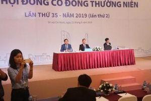 'Nóng' Đại hội cổ đông Eximbank: Cổ đông chất vấn tư cách chủ tọa ông Cao Xuân Ninh