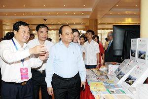 Thủ tướng Nguyễn Xuân Phúc dự hội nghị về phòng, chống thiên tai và tìm kiếm cứu nạn