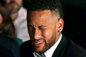 Neymar về 'mái nhà xưa'?