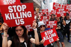Trung Quốc với Hong Kong: Lùi để tiến