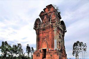 Cánh Tiên - tháp Chăm cổ nhất Bình Định
