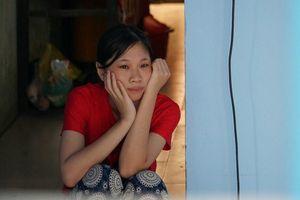 Nghị lực mùa thi: Nữ sinh mồ côi cha mẹ khao khát được học