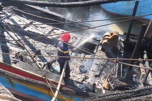 Cháy tàu đánh bắt xa bờ, thiệt hại hơn 2 tỉ đồng