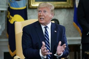 Ông Trump bất ngờ 'bênh' Iran trong vụ bắn rơi máy bay