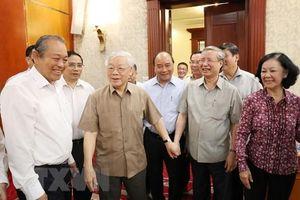 Tổng bí thư chủ trì họp Bộ Chính trị, phê duyệt quy hoạch TƯ khóa 13