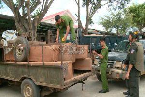 Cảnh sát Đắk Lắk nổ hàng loạt phát súng bắt nhóm lâm tặc liều lĩnh