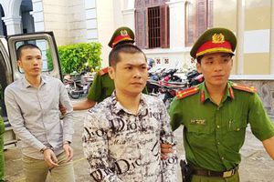Sóc Trăng: Hai anh em ruột lĩnh án tù vì chém bạn nhậu tại quán