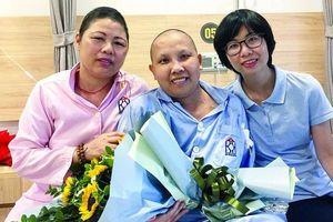 Nữ nhà báo bị ung thư truyền nghị lực sống cho người cùng cảnh ngộ
