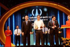 Báo Giao thông đoạt giải B Báo chí Quốc gia với loạt bài 'loạn xe hộ đê'