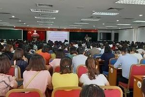 LĐLĐ quận Long Biên: Bồi dưỡng nghiệp vụ công tác tài chính và kiểm tra công đoàn