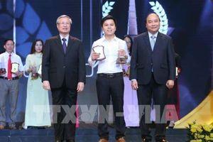Phóng viên TTXVN được vinh danh tại Giải Báo chí Quốc gia lần thứ 13