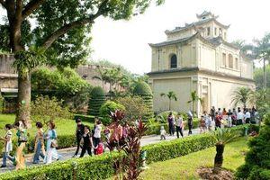 Hơn 3,3 triệu khách du lịch quốc tế đến Hà Nội