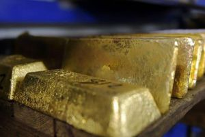Giá vàng thế giới vượt 1.400 USD/oz, trong nước nhảy qua 39 triệu đồng/lượng
