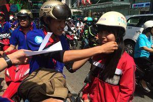 Những câu chuyện đẹp về tuổi trẻ tình nguyện trong mùa thi