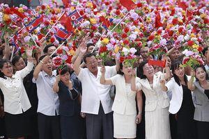 Triều Tiên rợp trời cờ hoa chào đón Chủ tịch Trung Quốc