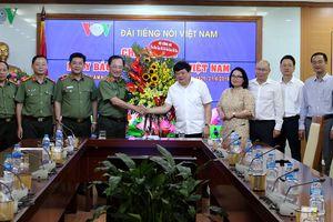 Nhiều cơ quan chúc mừng VOV nhân ngày Báo chí Cách mạng Việt Nam