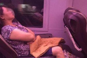 Sự thật bất ngờ đằng sau câu chuyện người phụ nữ 'giả vờ chết' để chiếm chỗ ngồi trên tàu đang khiến MXH dậy sóng